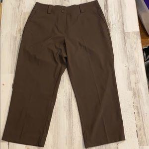 Nike Women's Golf Capri Pants 8M